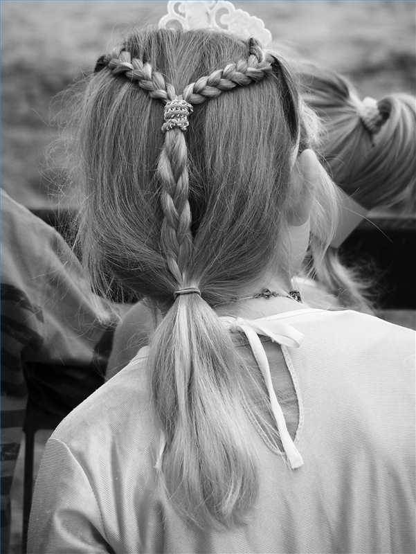 medieval hairstyles on There Are A Couple Of Things One Can Do To Look Medieval