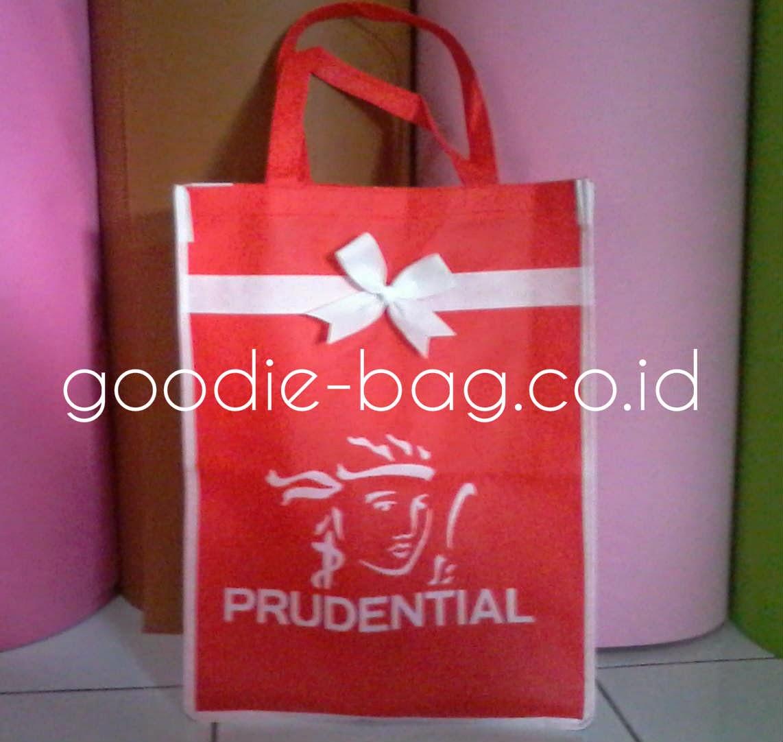 Goodie Bag Murah Bagus