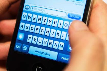 Adat Menghubungi Dosen Via Handphone