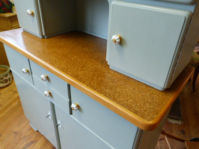 antike m bel 50er jahre k chenschrank. Black Bedroom Furniture Sets. Home Design Ideas