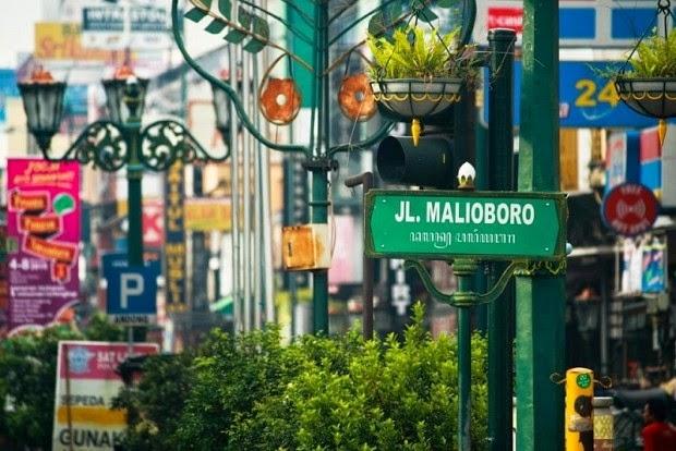 Malioboro Tempat Wisata Belanja di Yogyakarta