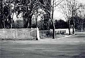 Spring Garden Lane Gates