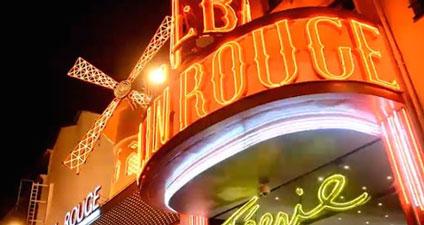 http://parlons-francais.tv5monde.com/webdocumentaires-pour-apprendre-le-francais/Ateliers-de-francais/Niveau-debutant/p-29-lg0-Visitez-Paris-.htm#blocmemo