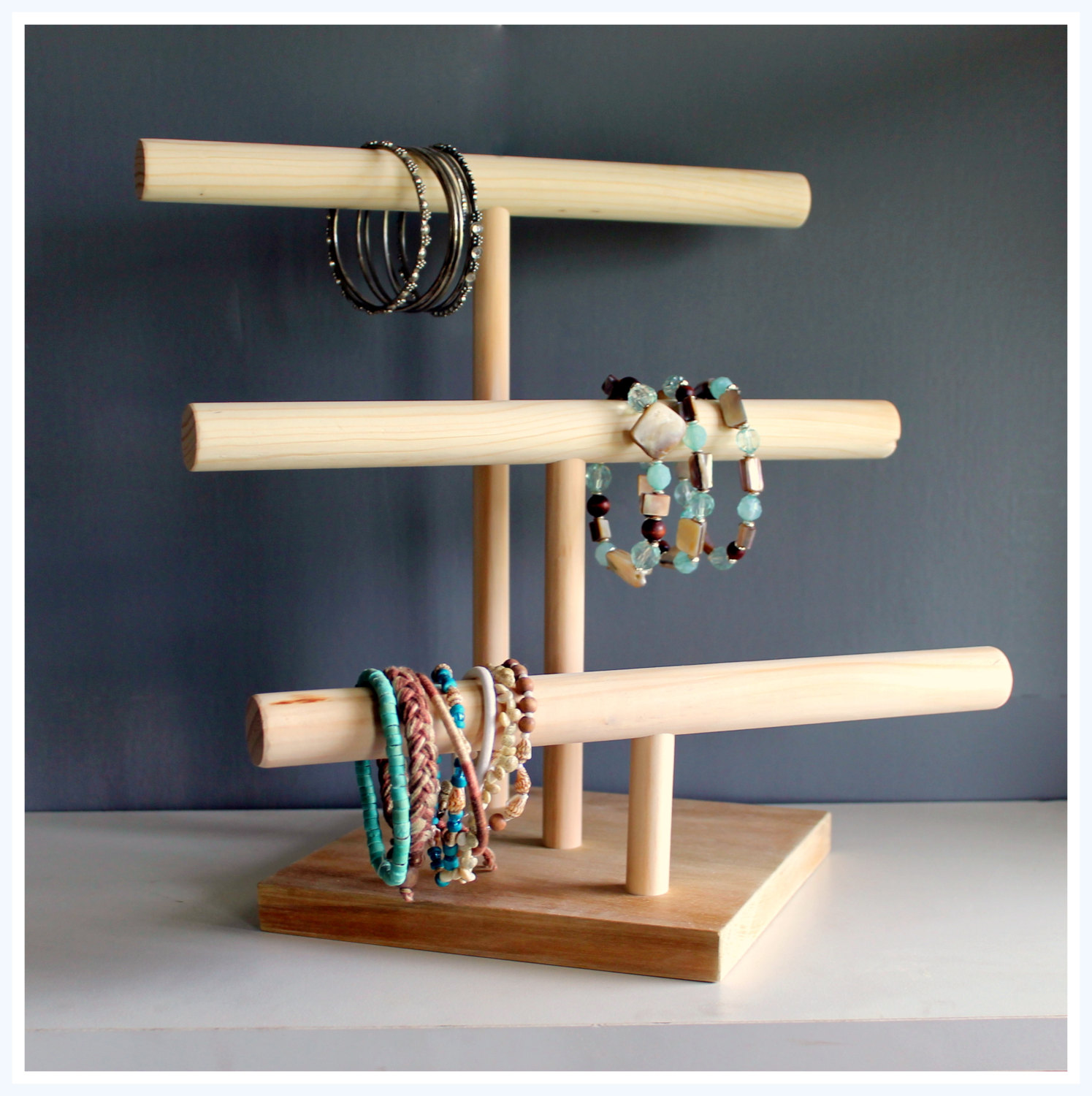 Diy 3 Tier Jewelry Stand: Jeri's Organizing & Decluttering News: Cool Jewelry Stands
