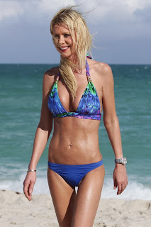 English: Tara Reid Blue Bikini Miami