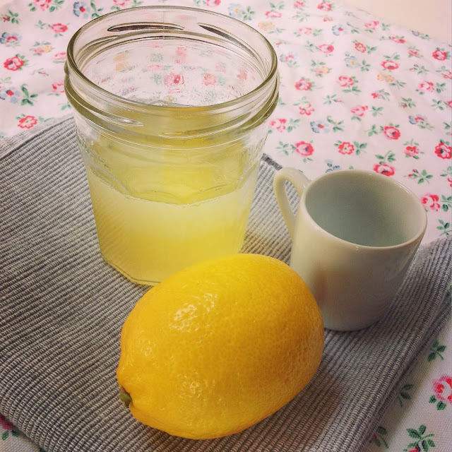 honey-lemon-and-coconut-oil-homemade-cough-and-cold-remedy