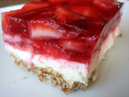 ... delicious valentines day recipe – strawberry pretzel salad recipe