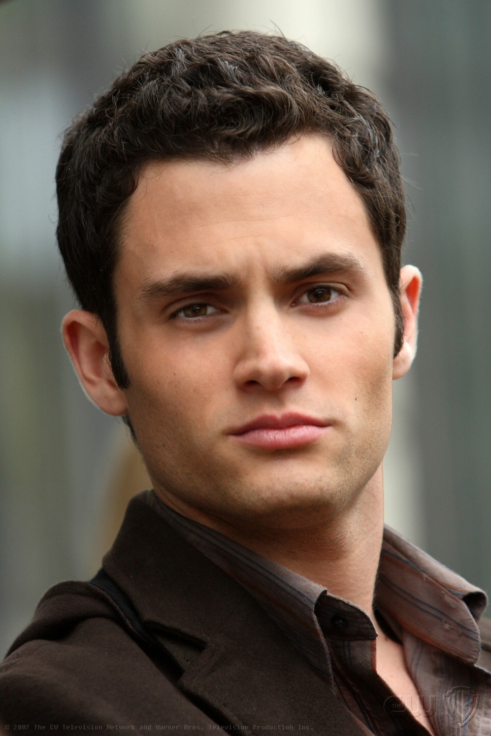 Penn Badgley Later àPpeared íN Drive Thru Playing Van Co Starring