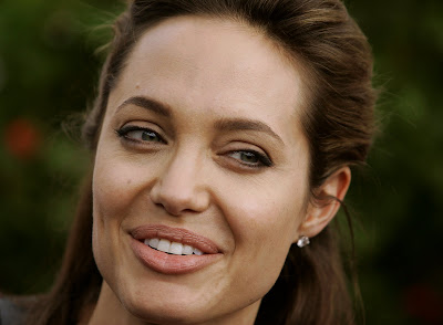 Angelina Jolie HQ Wallpapers