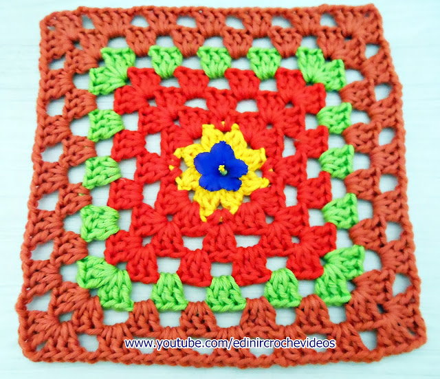 aprender croche quadrados square video-aulas gratis edinir-croche tapetes
