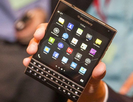 Harga Spesifikasi BlackBerry Passport