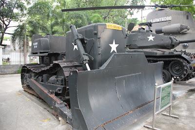 Excavadora topadora de guerra Bulldozer