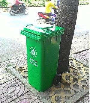 Cung cấp thùng rác 120l, thùng thu gom rác bằng nhựa HDPE giá rẻ