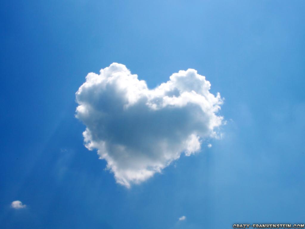 http://4.bp.blogspot.com/-Kf-o05TkTIY/T2ZY4IczbRI/AAAAAAAABTE/jiK60HChI_g/s1600/sky+in+love.jpg