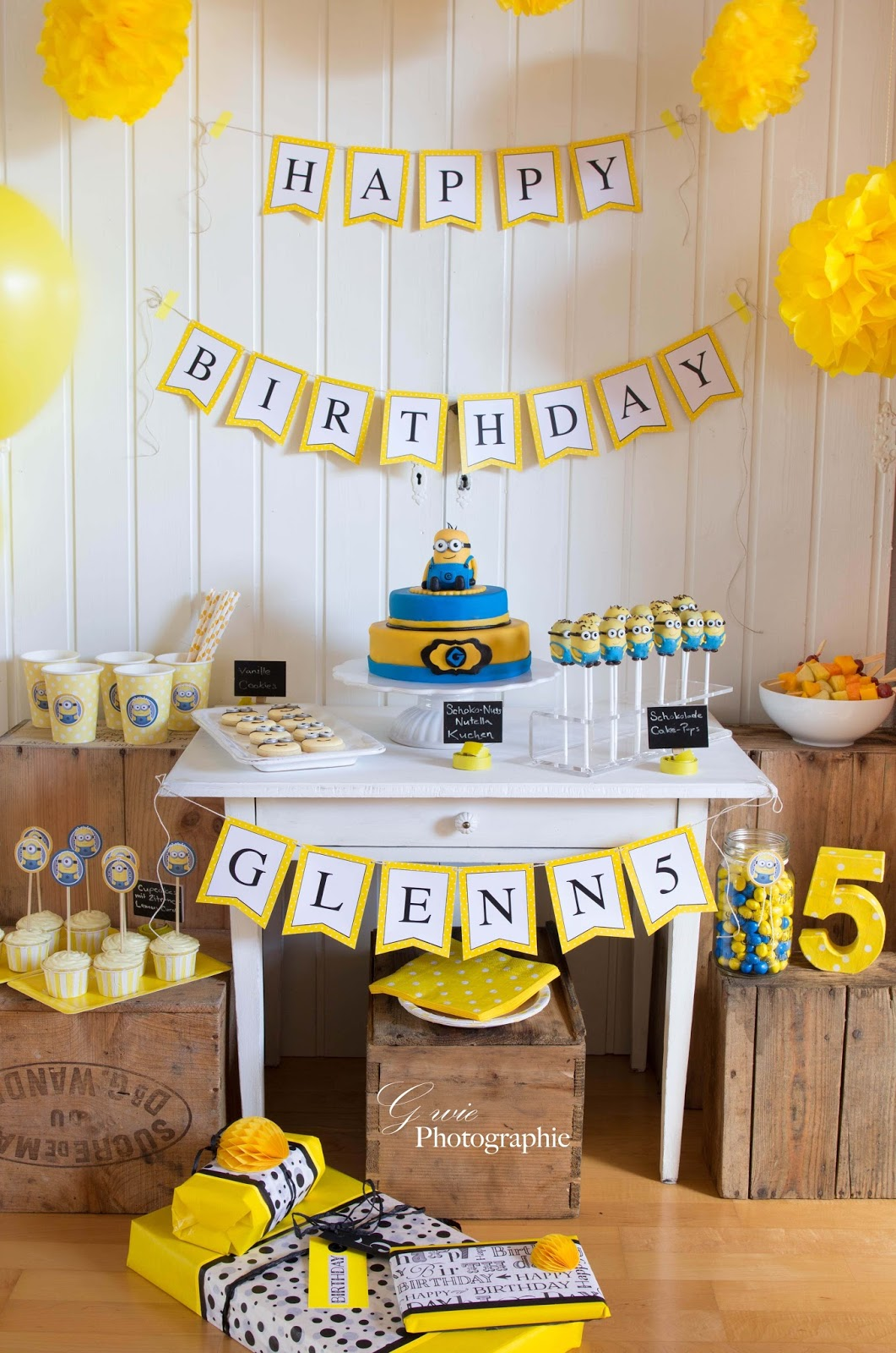 g wie 5 geburtstag glenn minions sweet table. Black Bedroom Furniture Sets. Home Design Ideas