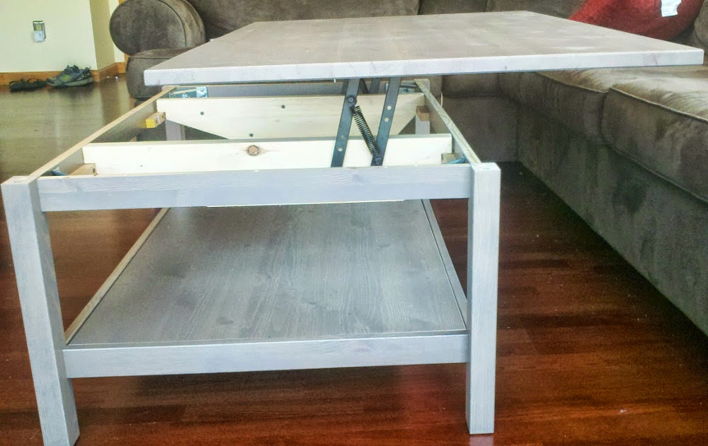 Hemnes lift top coffee table ikea hackers ikea hackers - Table de salon transformable ikea ...