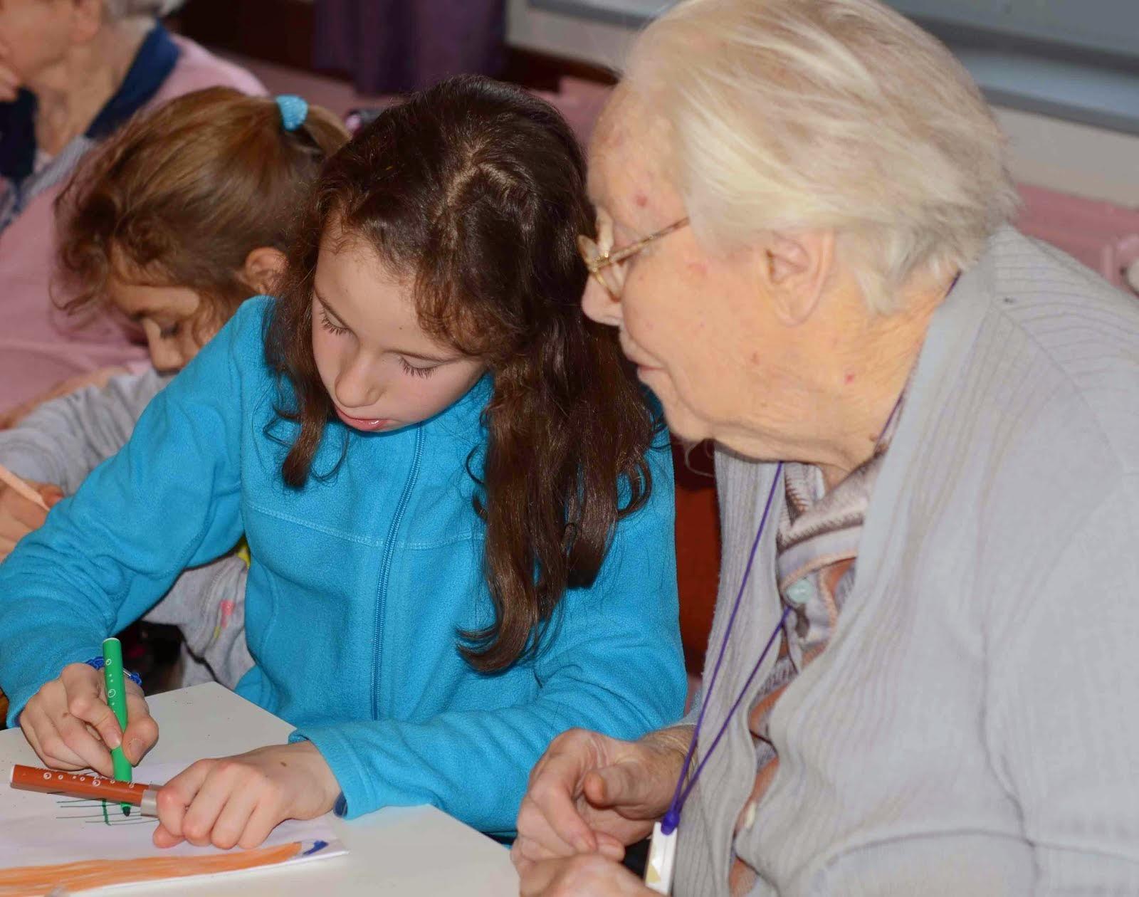 Ecole yann arthus bertrand cysoing cartes de voeux la maison de retraite - Maison arthus bertrand ...