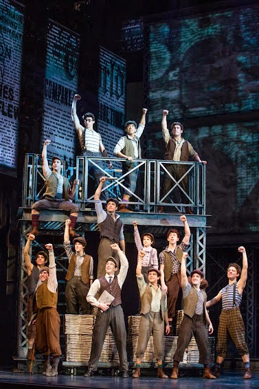 Newsies on Tour (Photo: Deen Van Meer)