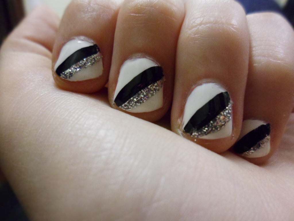 Simple nail art black and silver easy party nail art black and art black and silver glitter nails view images prinsesfo Images