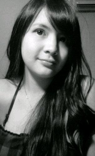 http://4.bp.blogspot.com/-KgASrDJw0CE/UcqWTBX-YhI/AAAAAAAAFmw/lUg7NjtG_Y8/s1600/sonya+pandarmawan231.jpg