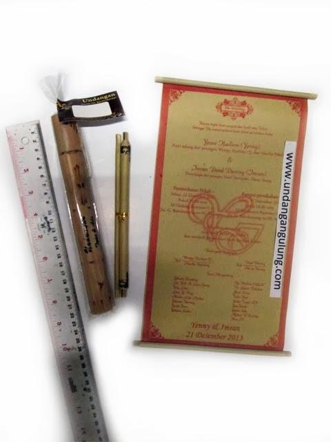 Undangan gulung+bambu 21cm+plastik+sablon
