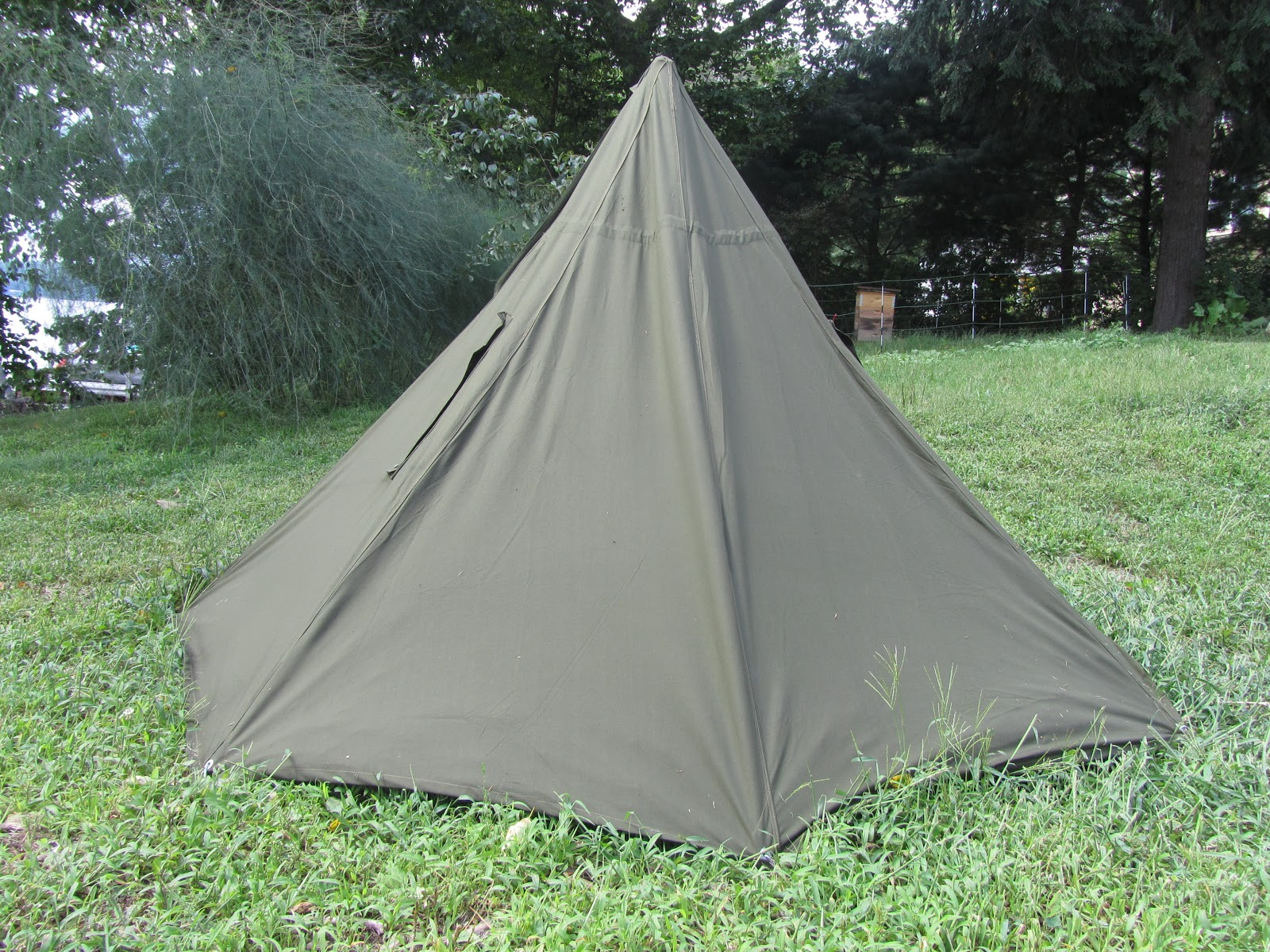 Half Shelter Tent : Philosophizing with a hammer my favorite rain gear