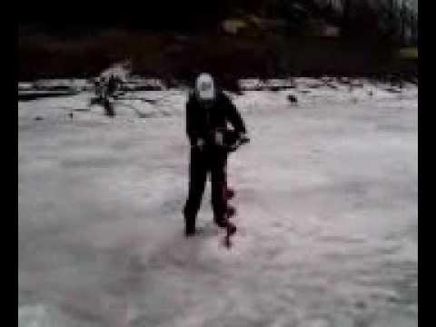 Eskimo Ice Auger Z714