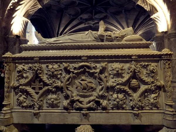 Lisbonne Lisboa Belém monastère jeronimos tombe vasco de gama