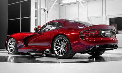 سيارة فيبر SRT الرائعة SRT Viper