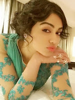 Adah Sharma glamorous at Santhosam Awards 2015-cover-photo
