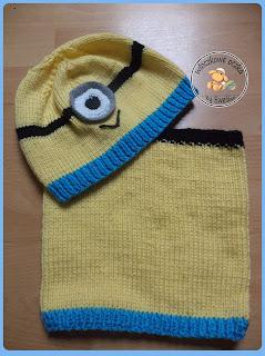 czapki dziecięce na drutach z akcentem szydełkowym