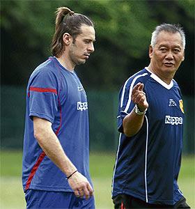 Gambar) Pemain Import Baru Selangor, Bosko Balaban (kiri bersama