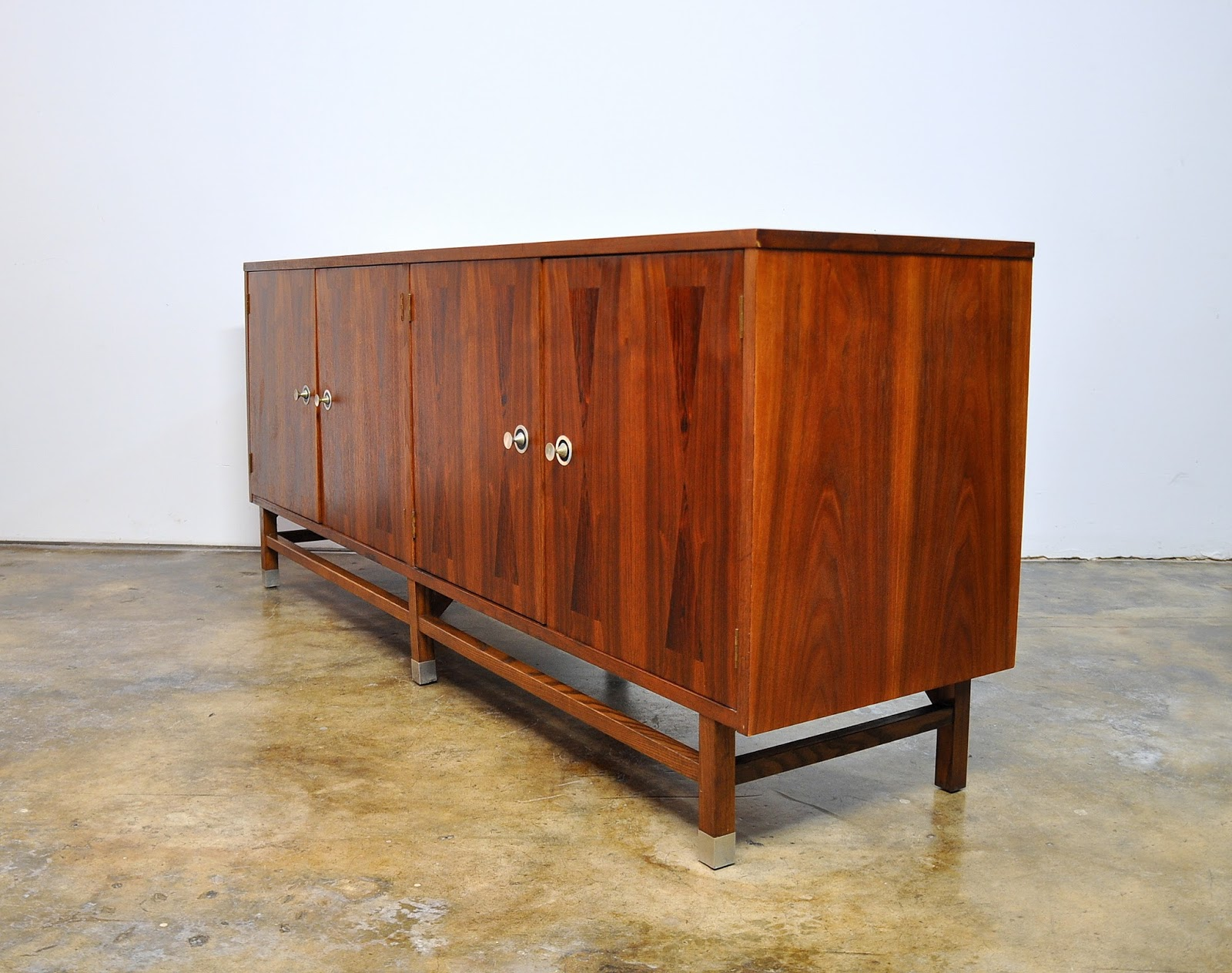 select modern stanley furniture credenza bar buffet