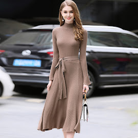 2018 Long Sleeve High Neck Brown/Black Flare Knit Dress