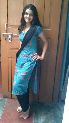 Desi Local Girl Latest Style Photo