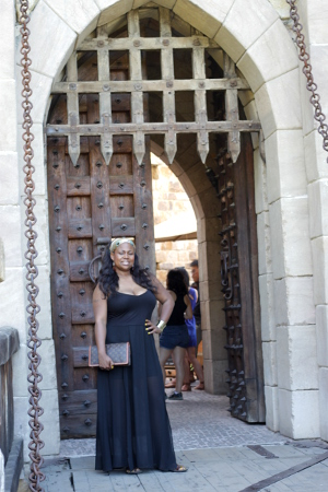 Castello-di-Amorosa, Napa-Valley-Wine-tasting, Louis-Vuitton-clutch-handbag, Justfab-Sheer-bottom-dress, Life-Style-Bloggers,Wine-Tasting, Melissa-Geddis
