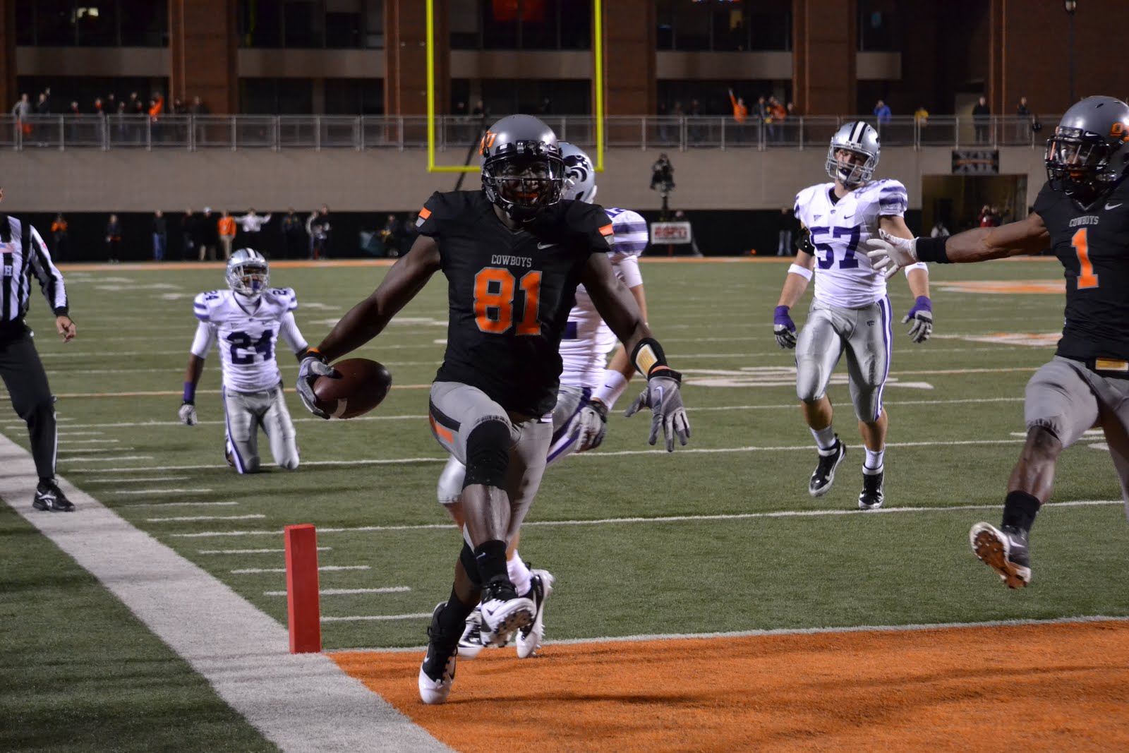 COLLEGE STOCK WATCH: IS BLACKMON GAME'S BEST RECEIVER?