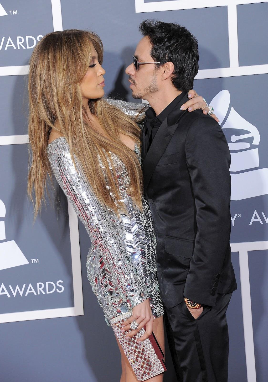 http://4.bp.blogspot.com/-KhXFHlmEjUk/UC8E4flZKiI/AAAAAAAAD0Y/kyfPulCs0vw/s1600/Jennifer+Lopez+Grammy+(15).jpg