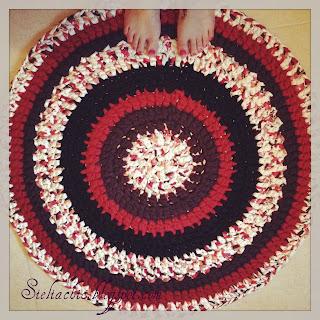 Como hacer una alfombra aprender manualidades es - Como hacer alfombras de trapillo redondas ...