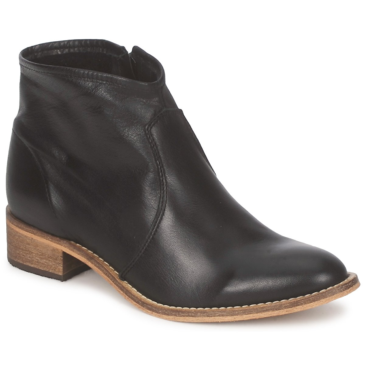 betty london ankle boot