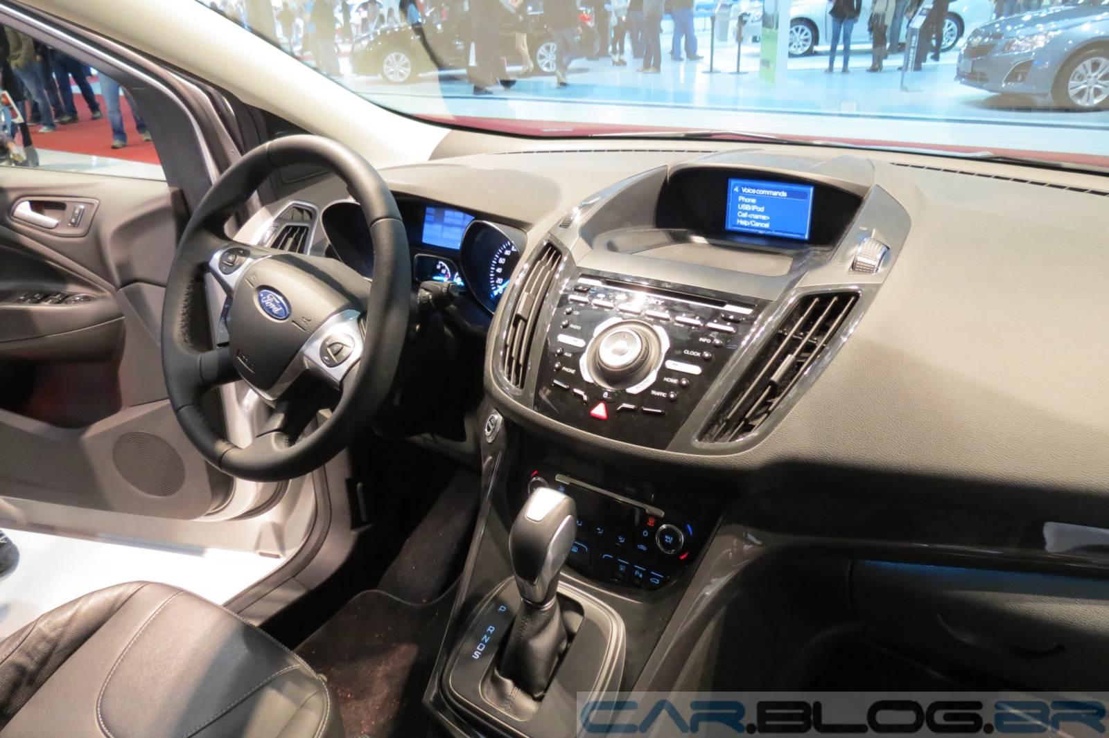 Ford kuga pode ser op o para enfrentar cr v e ix 35 car for Interior ford kuga