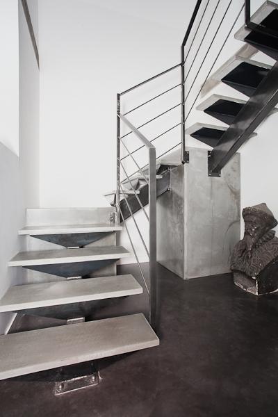 escalier cube. Black Bedroom Furniture Sets. Home Design Ideas