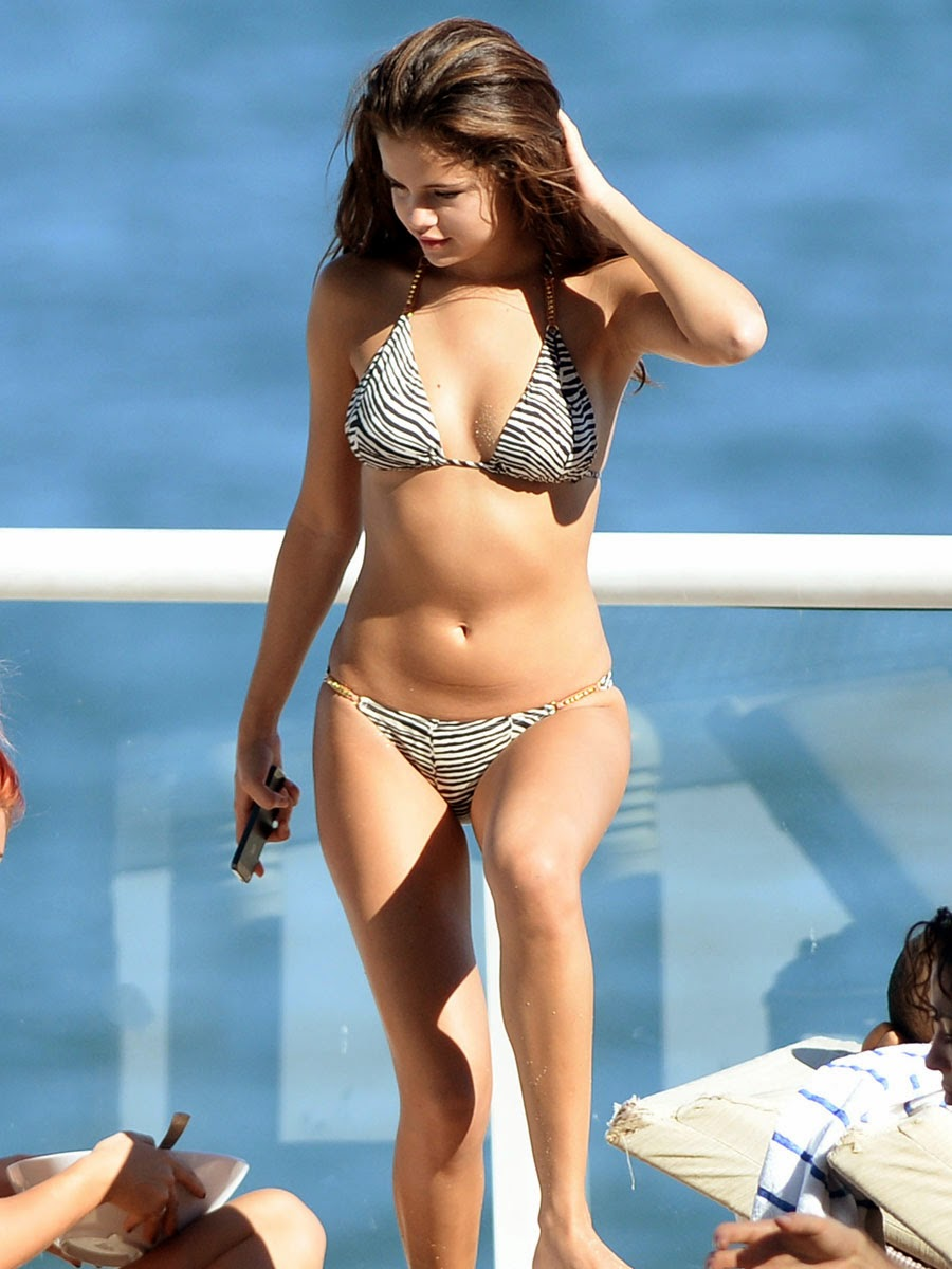 Hot ... selena gomez pussy old slut
