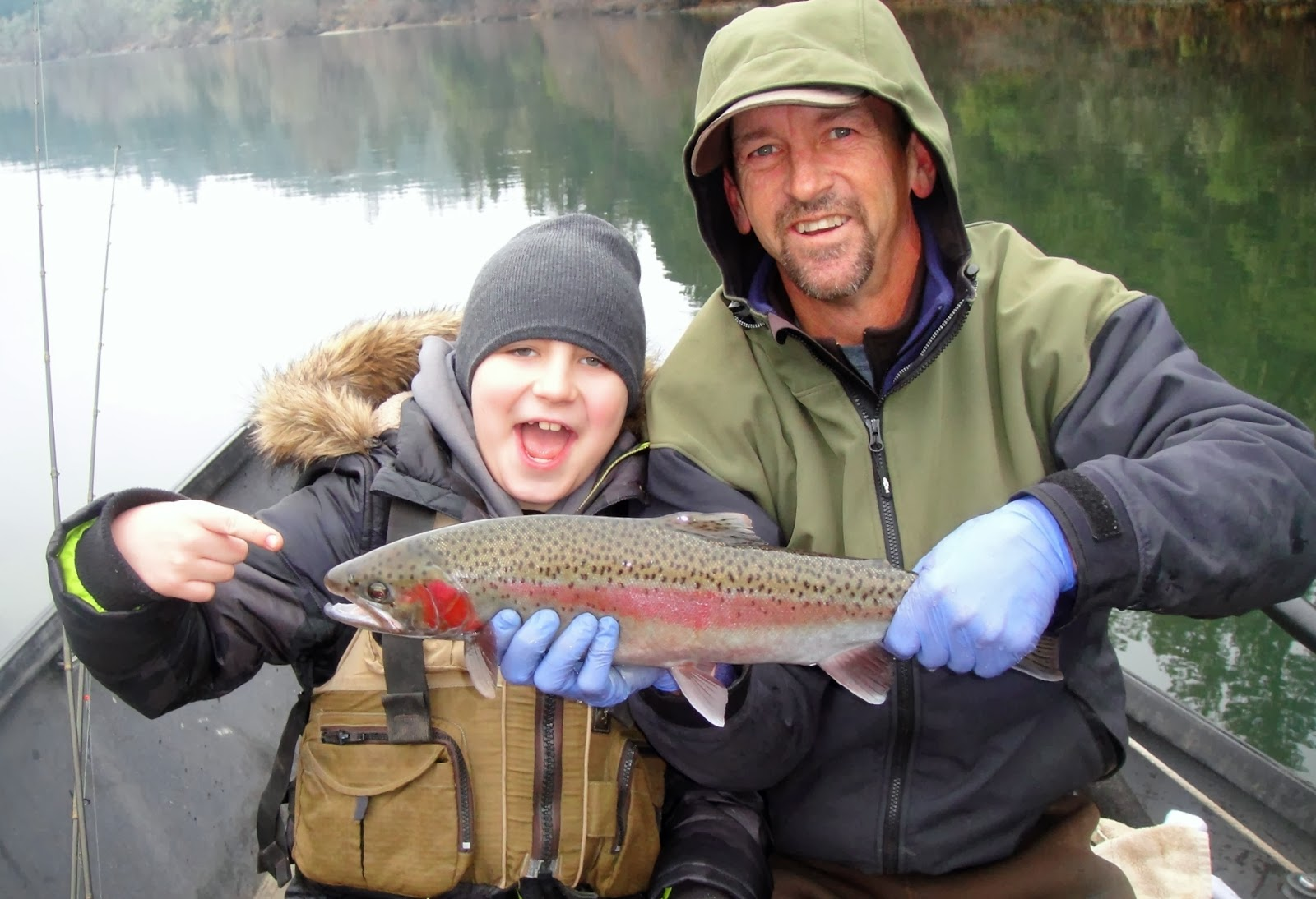 fishing-for-steelhead-on-the-Rogue-river-Oregon
