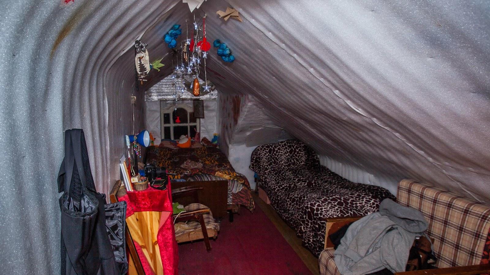 Проживание в мансардной комнате