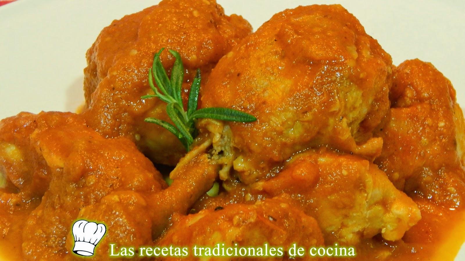 pollo con salsa de tomate casera