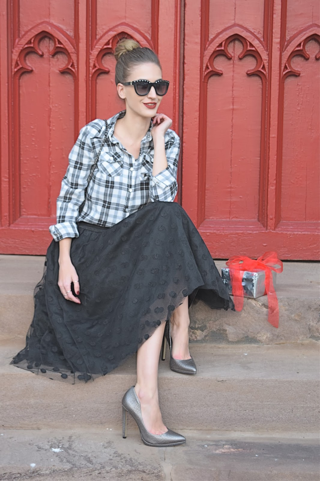 Wearing Dainty Jewell's Black Polka Dotted Tutu, Holiday Look 2015, Fashion Blogger Holiday Look