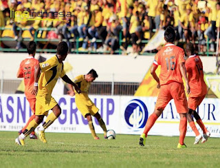 foto dan video pertandingan Barito Putera Vs Persisam
