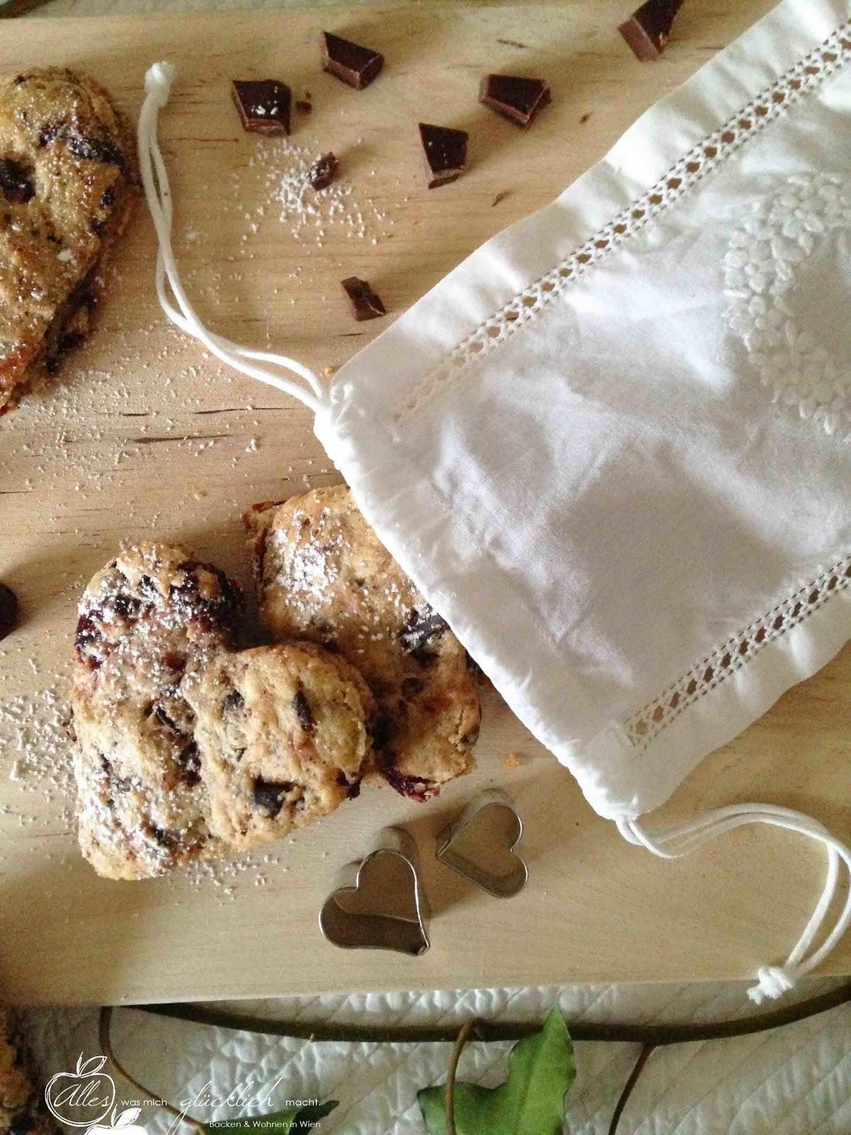 Große Kirschliebe: Schoko-Kirsch-Biscuits