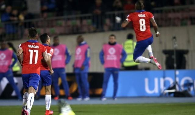 Em jogo equilibrado, Chile vence Equador na abertura da Copa América 2015